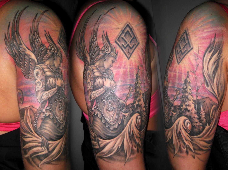 Tatuaże W Języku Słowiańskim W Języku Rosyjskim Paganskie